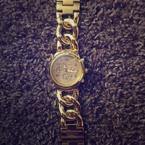 Accessories - Michael kors gold watch. Brand new never worn.